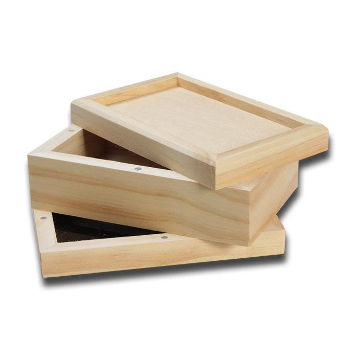 Wooden 3-Part Sifter Box